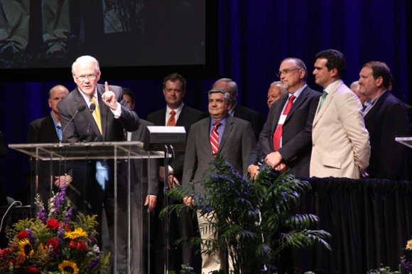 "Frank Page (left) stood with the advisory team he appointed to study theological differences within the convention. The group's work was ""an attempt to start talking to each other, rather than about each other and at each other,"" Page said."