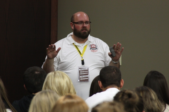 IBSA's Tim Sadler leads a session on sharing your faith.