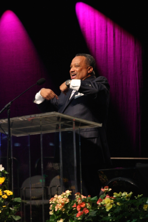 "Luter led the crowd: ""Lord, send a revival, and let it begin with me."""