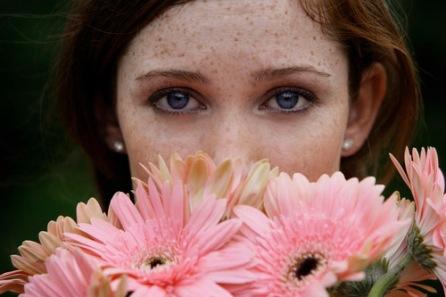 woman w flowers