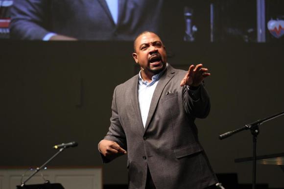 Pastor Curtis Gilbert